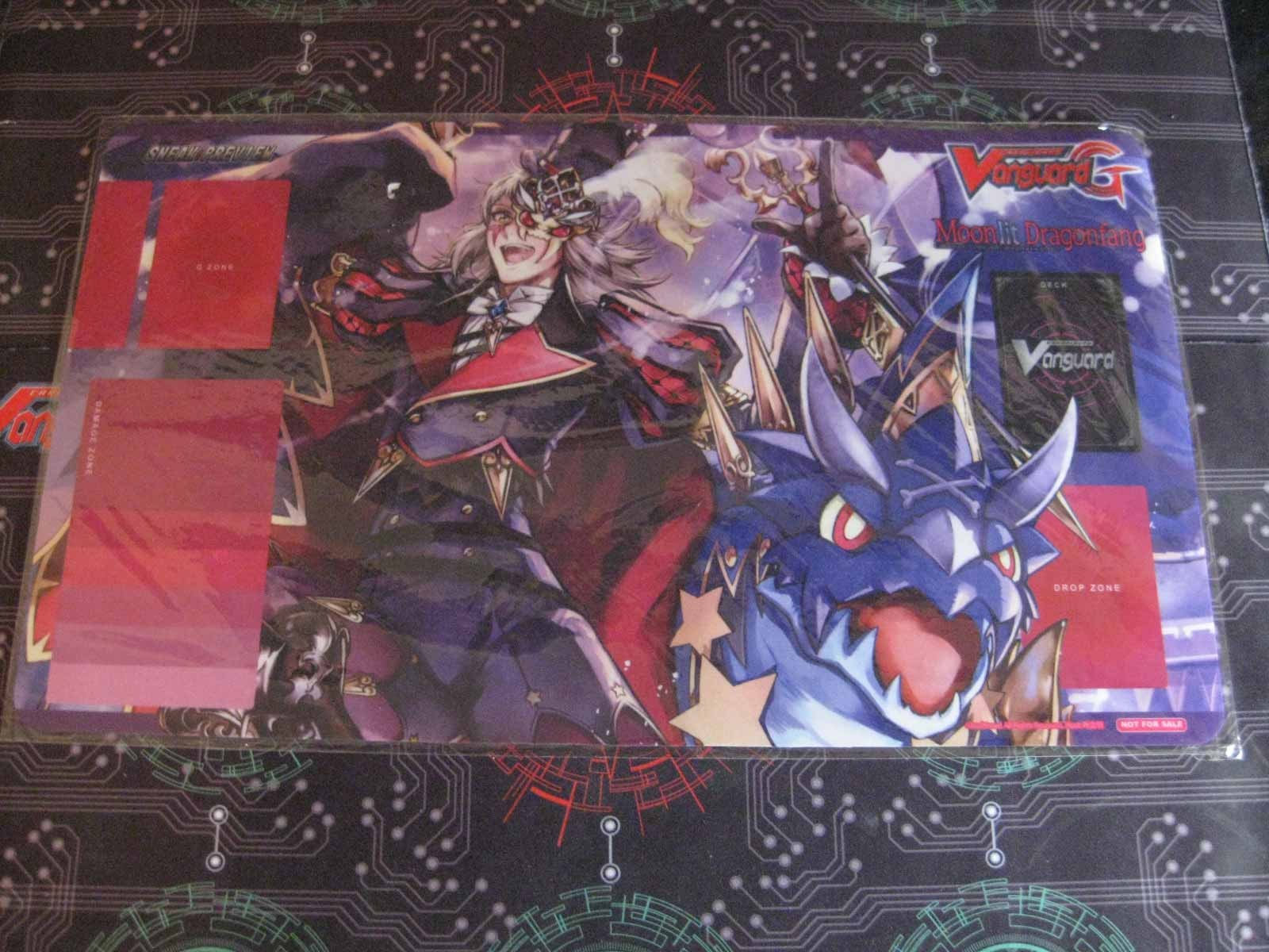 PlayMat: Moonlit Dragonfang Sneak Preview G-BT05
